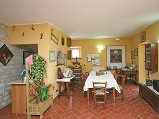 Todi villa photo