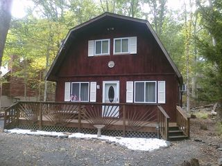 Bushkill house photo - Front View of the Home with Porch and Swing