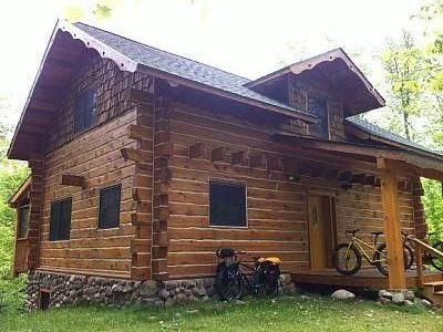 Cable, WI: Bike In/Bike Out, Ski In/Ski Out North End Silent Sports Area Cabin