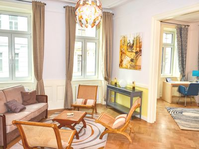 120m² luxury flat, newly renovated - Ideal basis to discover Vienna