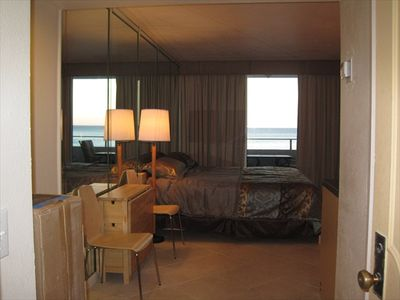 Fabulous studio Ocean Front unit just remodeled.