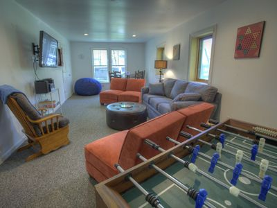 Kids of all ages will enjoy the Rec Room / Lounge, with plenty of entertainment