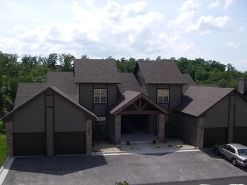 Branson West townhome rental - Front view of townhomes