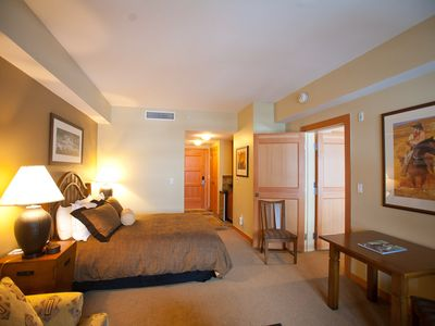 Second Master Suite/Sleeps 8/ Queen Bed and Sofa/Sofa Bed.