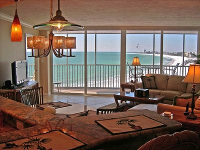 Located on the 9th floor directly over the beach with view of the Gulf of Mexico