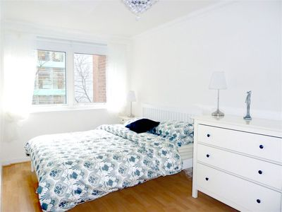Fitzrovia apartment rental - King-sized bed, double glazed windows with black out blinds, drawers, wardrobe