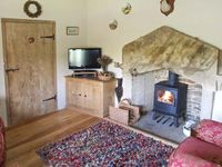 ALLMANS HEATH BYRE, character holiday cottage in Glossop, Ref 17687