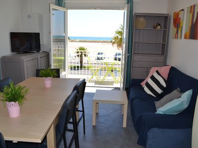 Apartment Waterfront / direct beach access / 2 to 8 people