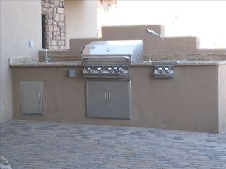 Fountain Hills house photo - Built-In Outdoor Barbecue Kitchen