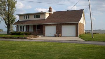 Sandusky house rental - Wonderful water views