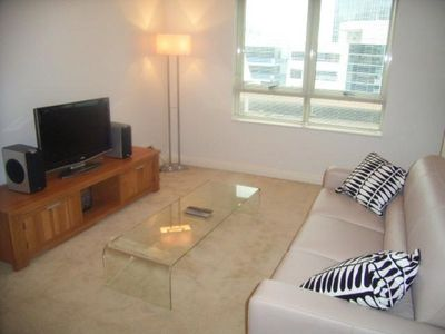 Chatswood apartment rental - Lounge area
