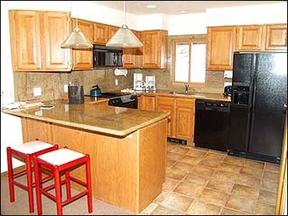 Aspen house photo - Large fully equipped kitchen
