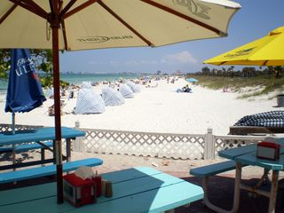 St Pete Beach condo photo - You will find lots of excellent places to eat right on the beach