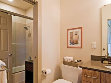 2 Private Baths/ Shared Shower Noiver Luxury Bath products provided