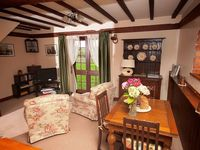 A quality country retreat set in the pretty village of Sedgeberrow