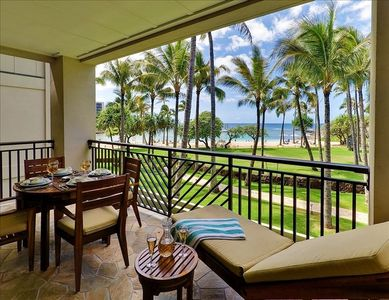 Your Private Lanai with Beach and Ocean View.  Protected Beach Cove 70 Feet Away