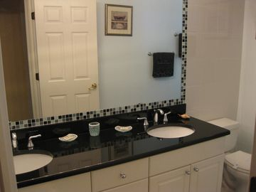 His and hers vanities - granite counter top!, Tub and shower