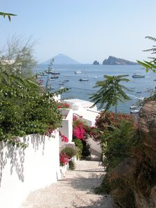Aeolian Islands house rental - Steps at the entrance of Picciridda