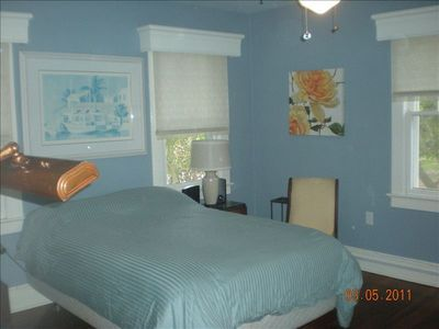 2nd UPSTAIRS BEDROOM - Main House.  Full bed