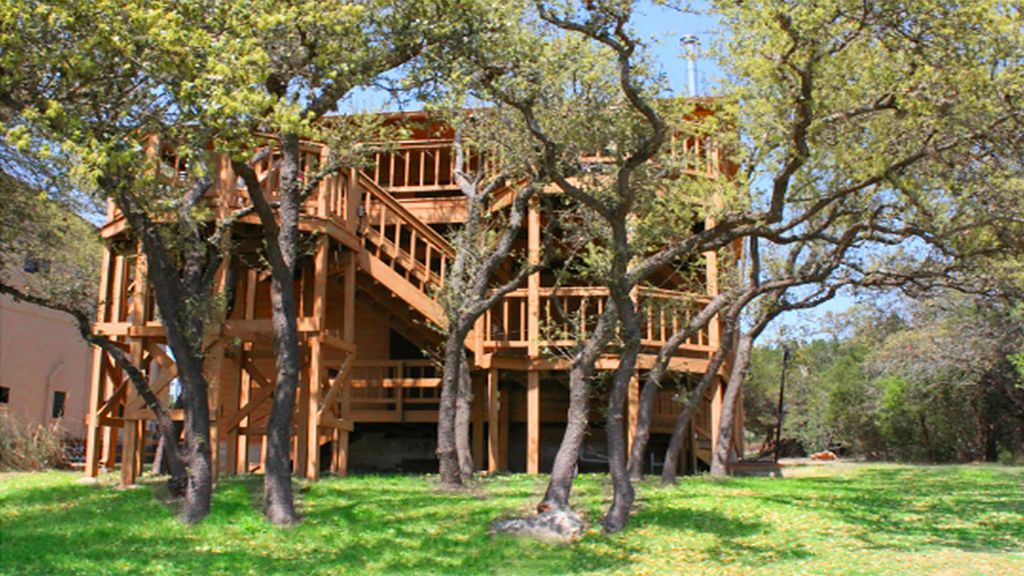 Find Peace at Lake Travis at The Lakehouse