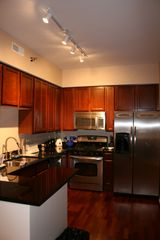 Chicago condo photo - Kitchen