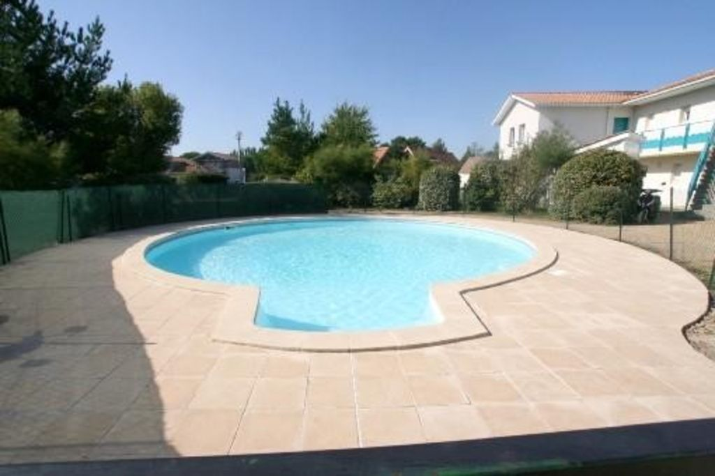 Appartement rdc jardin avec piscine la teste de buch for Cash piscine la teste
