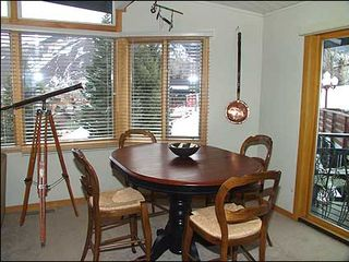 Aspen condo photo - Dining area for 4