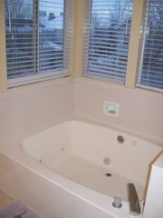 Cottonwood Heights condo photo - Master Tub