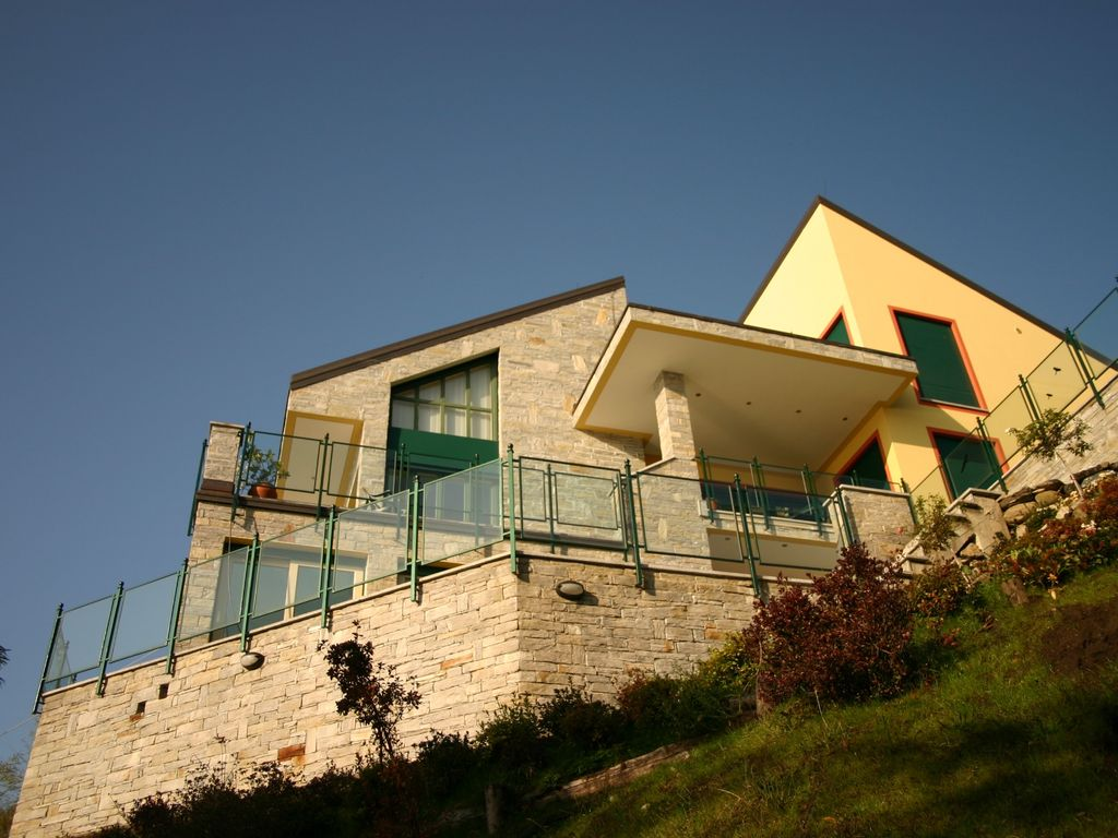 House, 450 square meters