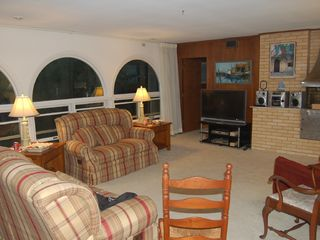 Bethany Beach house photo - Great room with 46' HDTV and sound system