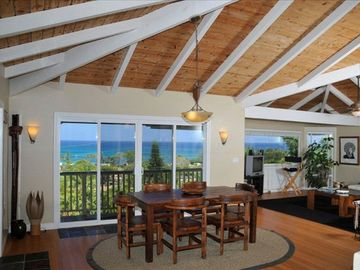 Sunset Beach house rental - Gorgoeus Vaulted Ceiling