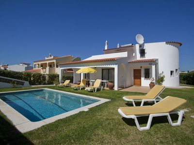 3 Bedroom villa with private pool and garden close to beach