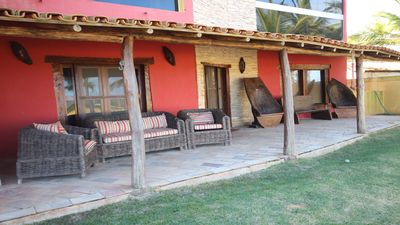Large house in front of Sabacui Beach in Nova Viçosa, with pool, sauna, tennis court