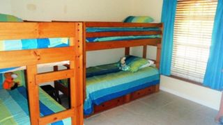 Lindfields villa photo - Twin bunk beds with en-suite