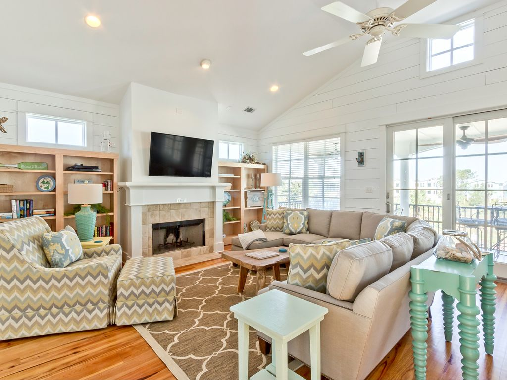 gone coastal 4 br 4 5 ba home in tybee vrbo