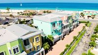 111 Unique Townhome with views of the Gulf and Bay...Steps to the Beach!