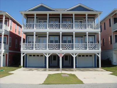 Five bedroom unit near ocean