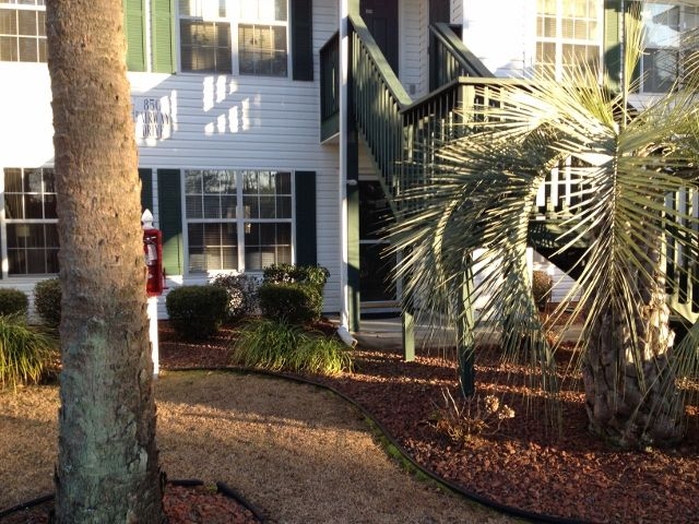 Well Appointed,Relaxing, 2BR/2BA 1st floor, Golf Condo Minutes to Beach.