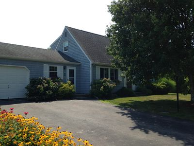 Beautiful home in Eastward Look - 7 minute walk to beach - all comforts of home!