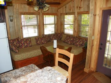 Cleveland CABIN Rental Picture