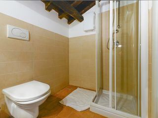 Centro Storico (Old Rome) apartment photo - Bathroom 2