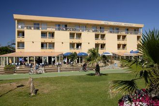 Apartments in a pleasant residential complex, just a stone's throw from a delightful sandy Mediterranean beach.