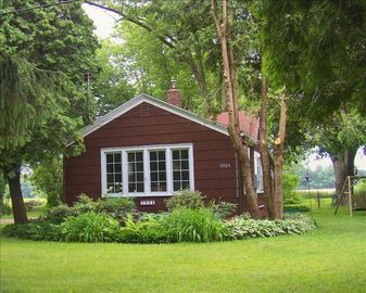 Fennville farmhouse rental - 5904 122nd Ave. Fennville, MI 49408