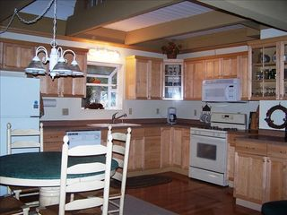 Gardner Mountain house photo - Kitchen, Fully equipped with everything you'll need to make your favorite meals