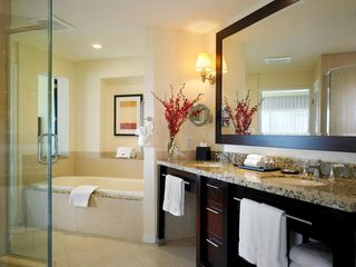 Rancho Mirage villa photo - Hotel Master Bathroom at The Westin Mission Hills Villas
