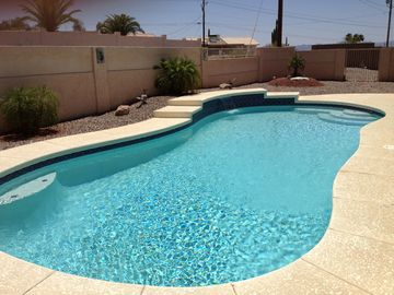 Backyard /Gunite Swimming Pool