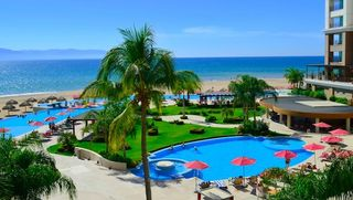 Puerto Vallarta condo photo - One of the community pools