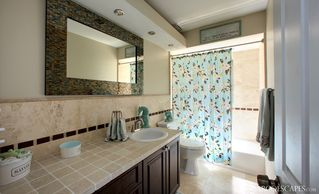 Vacation Homes in Marco Island house photo - Clean, Fresh, Modern Second Bath...