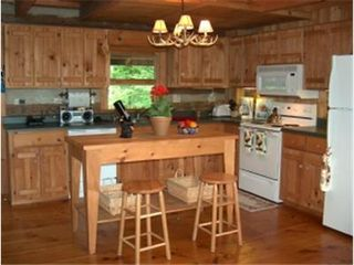 Todd cabin photo - Kitchen