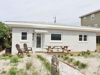 Newly Renovated Beachfront Cottage - Just Steps To Ocean!